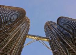 برجي بيتروناس التوأم -ماليزيا
