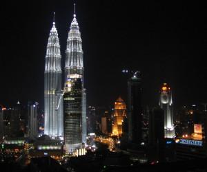 البرجين التوام برجا بتروناس في ماليزيا