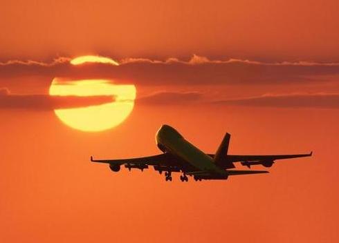 السفر باستخدام الطائرة من بينانج الى لنكاوي